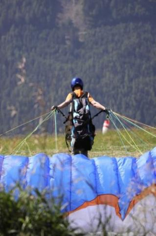 Paragliding Start - (Technik, Gleitschirmfliegen, Steuern)