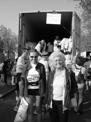 Oberschenkel und Waden sind bei mir gleich dick- Bild vom Wien marathon - (Muskelaufbau, laufen, Muskeln)