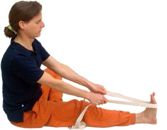 welche asanas macht man mit einem yogagurt yoga