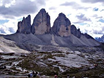 Die Drei Zinnen in den Dolomiten - (Trekking, Bergwandern, dolomiten)