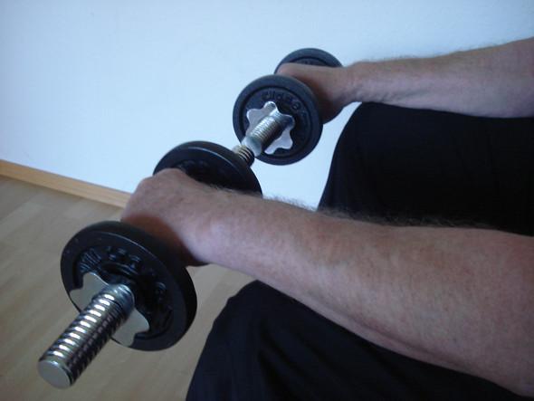 Stabiles Handgelenk, Übung 1, Obergriff - (Boxen, Boxsport, Boxtraining)
