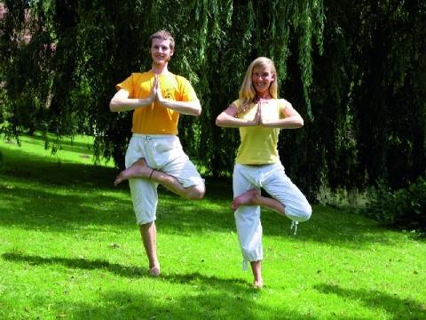 Yoga Baum - (Training, Yoga, Zeit)
