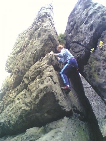 Klettern 2 - (klettern, Aufwärmen, Helm)