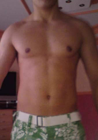 Oberkörper nicht angespannt - (Muskelkater, Maßeaufbau, Bein abnehmen)