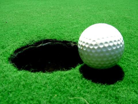 Bilduntertitel eingeben... - (Golf, Deutschland, Golfball)