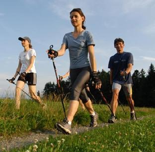 Gibt es verschiedene Nordic Walking Techniken?