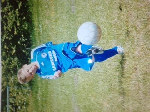 - (Fussball, Probetraining, Talent)