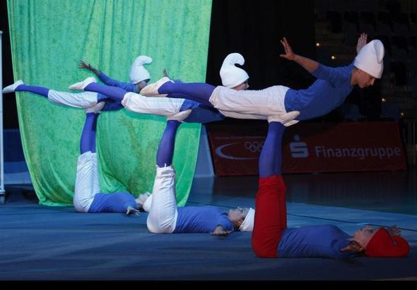 """Show """"Die Schlümpfe"""" - (Turnen, tanzen, akrobatik)"""